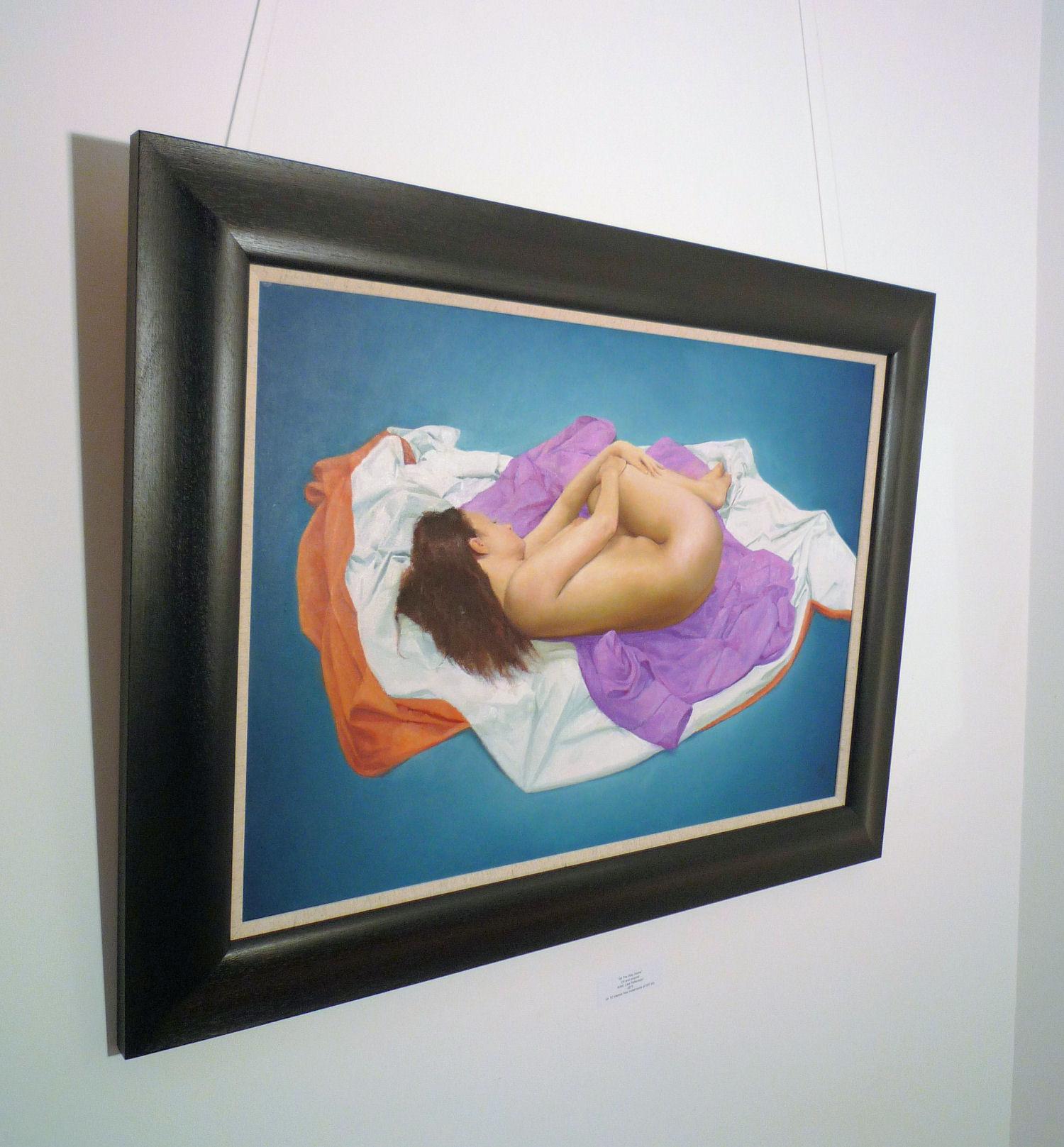 'Reclining Figure' by artist Stuart Sim